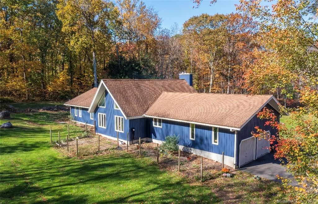 95 Gaylord Mountain Road, Bethany, CT 06524 - #: 170445585