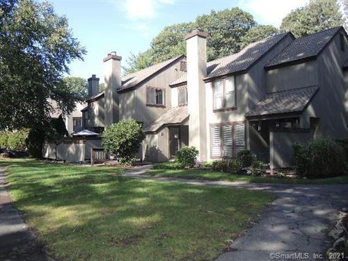 Photo of 10 Willow Lane #10, Avon, CT 06001 (MLS # 170440586)