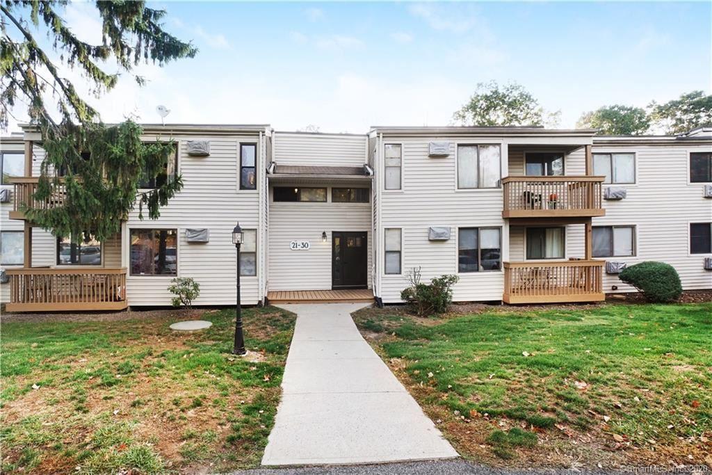 Photo of 27 Woodland Drive #27, Cromwell, CT 06416 (MLS # 170346590)