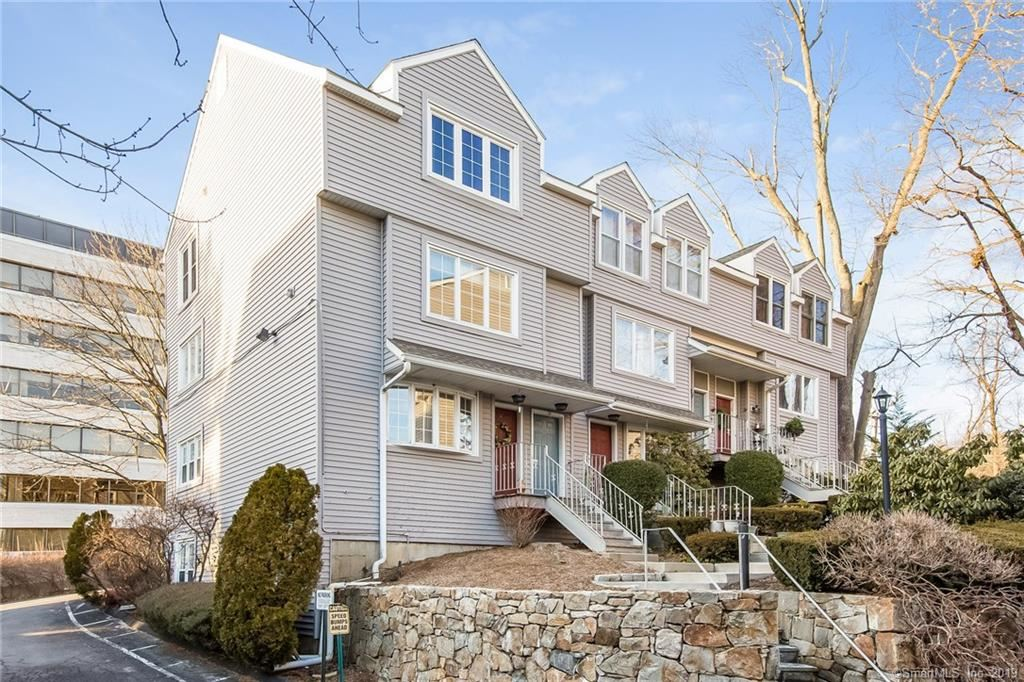 Photo for 2700 Bedford Street #T, Stamford, CT 06905 (MLS # 170161591)