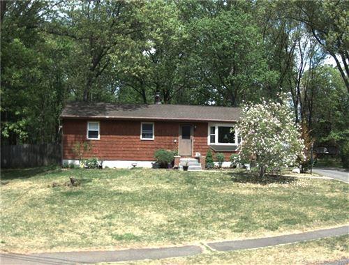 Photo of 40 Edgewood Circle, Southington, CT 06489 (MLS # 170284605)