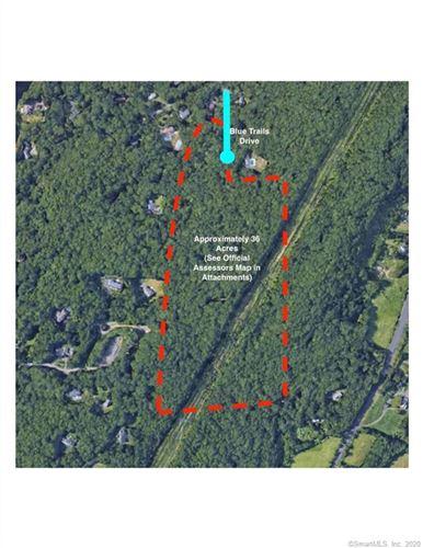 Photo of 20 Blue Trails Drive, Woodbridge, CT 06525 (MLS # 170333612)