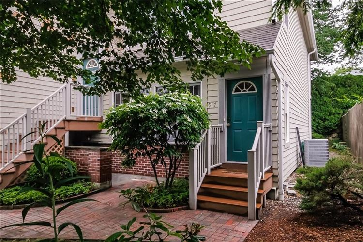 Photo for 85 Locust Avenue #517, New Canaan, CT 06840 (MLS # 99188620)