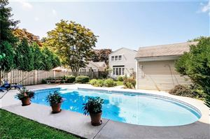Photo of 82 Victoria Lawn, Stratford, CT 06615 (MLS # 170114622)