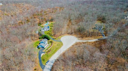 Photo of 26 Fawns Meadow Road, Montville, CT 06370 (MLS # 170415633)