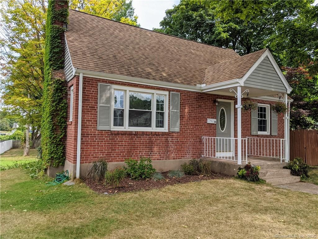 Photo of 15 Eastfield Street, Manchester, CT 06042 (MLS # 170326634)