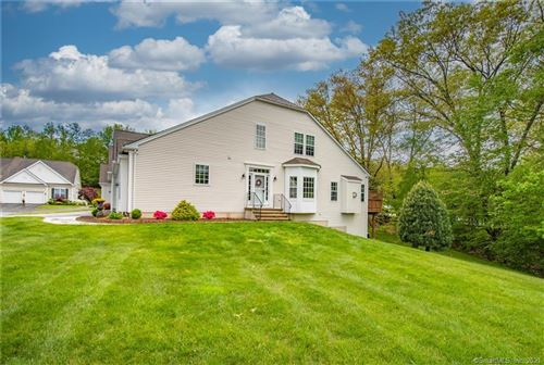 Photo of 17 Meadowview Court #17, Canton, CT 06019 (MLS # 170400652)
