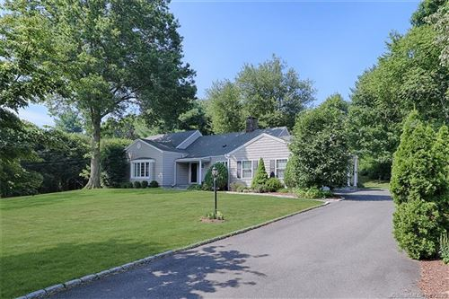 Photo of 40 Valley Circle, Fairfield, CT 06825 (MLS # 170216655)