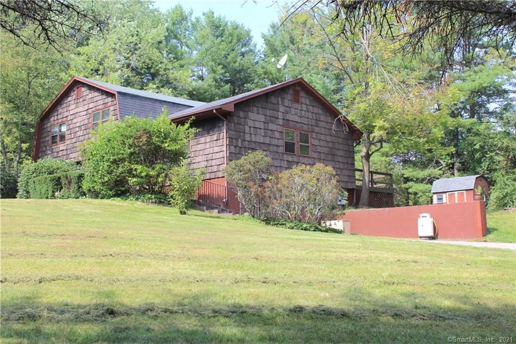 Photo of 19 Bridle Drive, Barkhamsted, CT 06063 (MLS # 170438655)