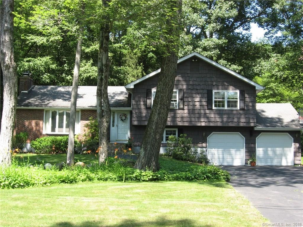 Photo for 162 Lakeshore Drive, New Hartford, CT 06057 (MLS # 170083656)