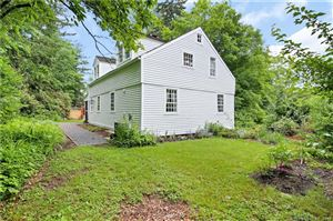 Photo of 322 Old Town Farm Road, Woodbury, CT 06798 (MLS # 170243668)