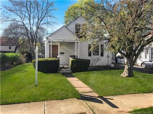 Photo of 88 Westerleigh Road, New Haven, CT 06515 (MLS # 170180670)