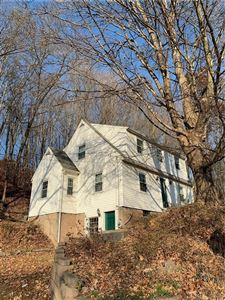 Photo of 4 Quonnipaug Hill Road, Guilford, CT 06437 (MLS # 170250681)