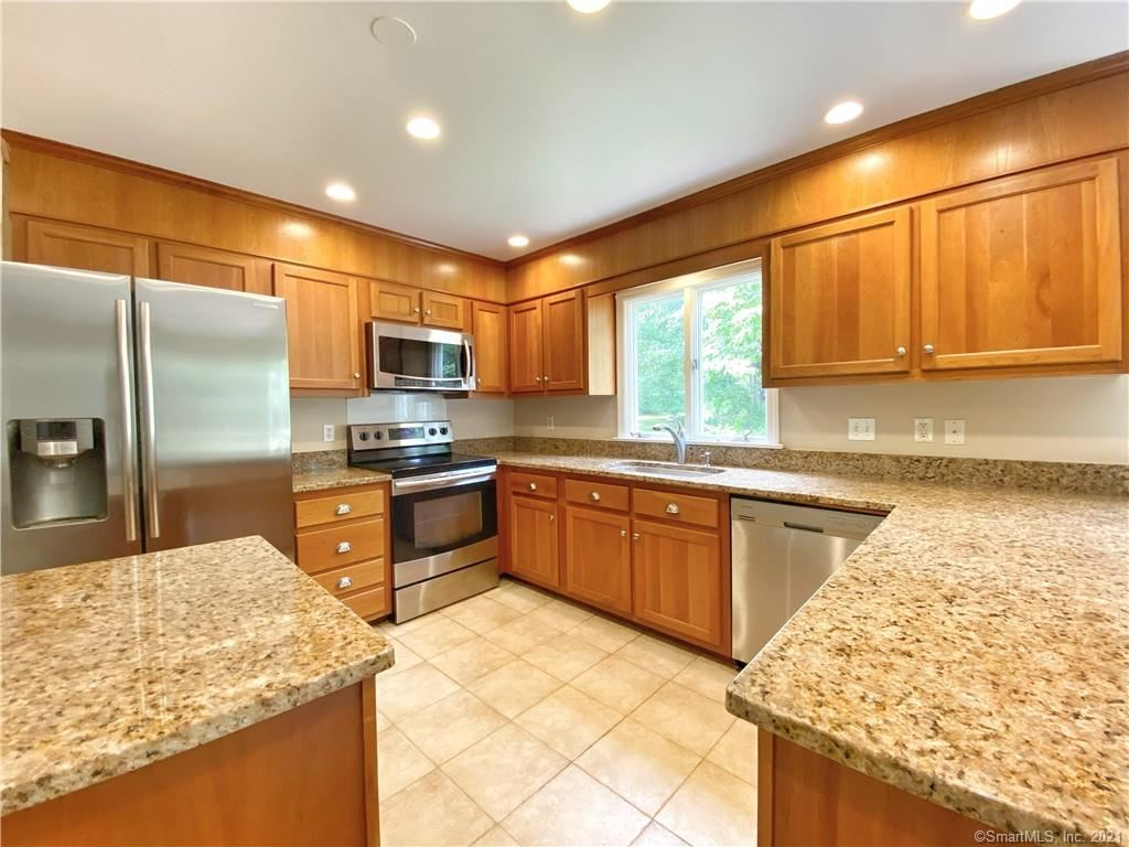44 Hickory Hill Road, Wilton, CT 06897 - MLS#: 170406687