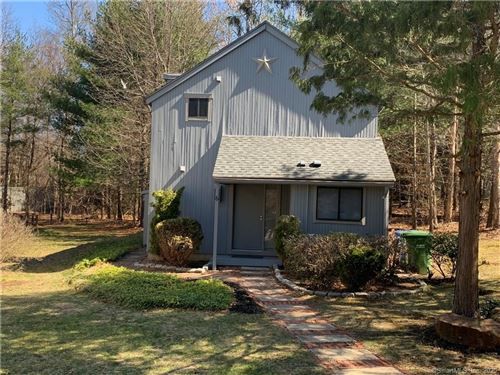 Photo of 6 Finch Run #6, Avon, CT 06001 (MLS # 170284691)