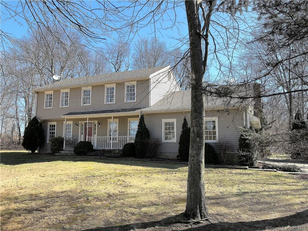 Photo for 1 Wildflower Drive, Oxford, CT 06478 (MLS # 170059692)