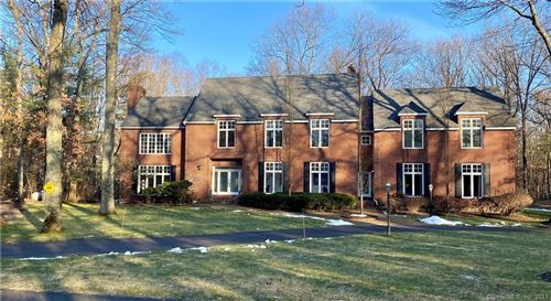Photo of 19 Pembroke Hill, Farmington, CT 06032 (MLS # 170365703)