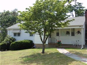 Photo of 86 View Terrace, East Haven, CT 06512 (MLS # 170104707)