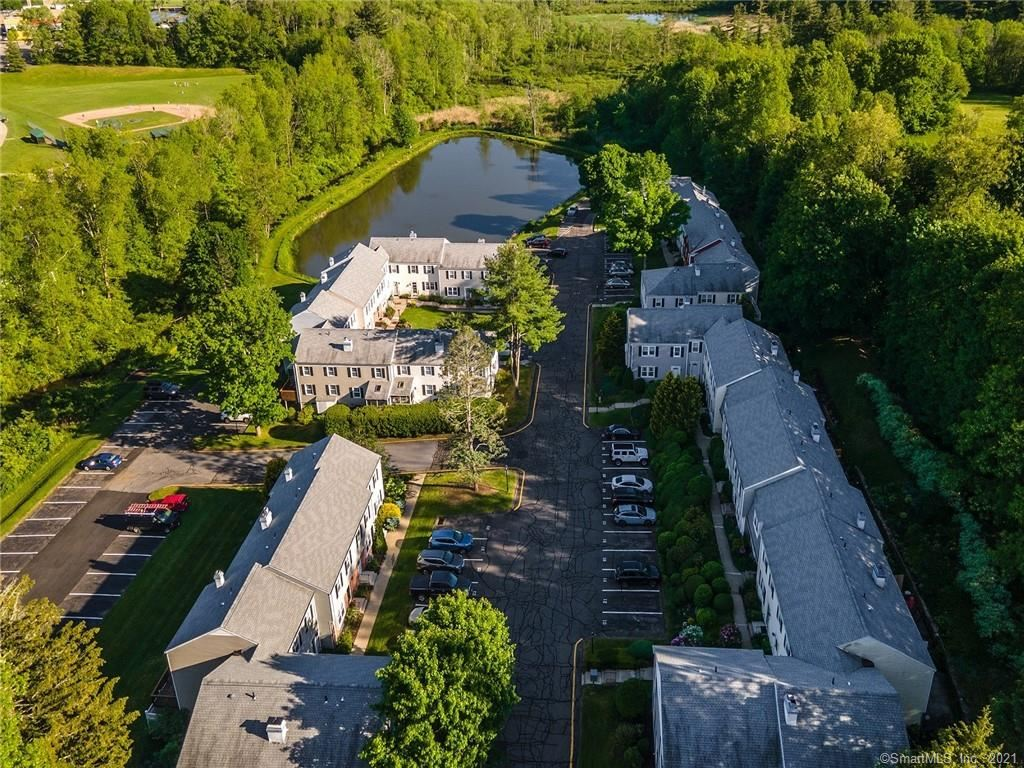 Photo of 12 Tapping Reeve Village #12, Litchfield, CT 06759 (MLS # 170443707)