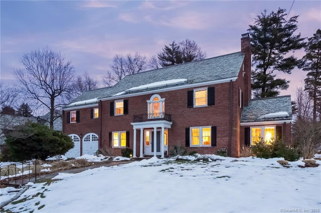 Photo for 43 Fernwood Road, West Hartford, CT 06119 (MLS # 170053716)