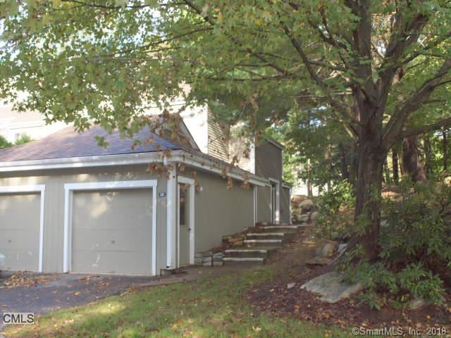 Photo for 38 Country Walk #38, Shelton, CT 06484 (MLS # 170142720)