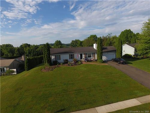 Photo of 32 Broad View Drive, Wallingford, CT 06492 (MLS # 170283738)
