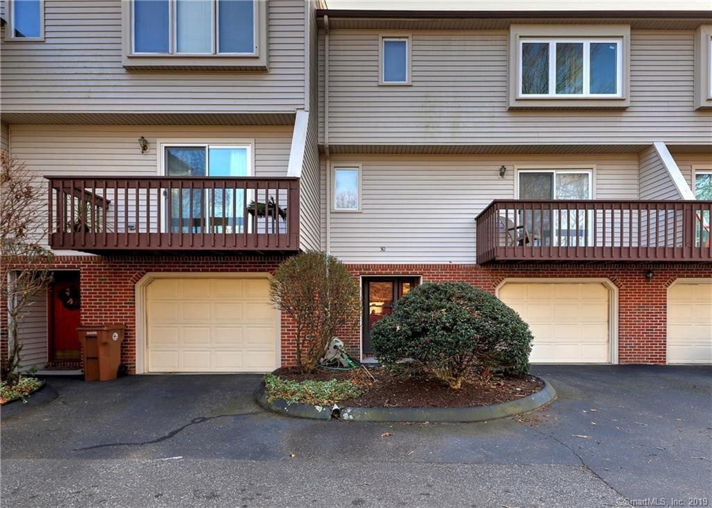Photo of 30 Huntington Heights #30, Shelton, CT 06484 (MLS # 170256745)