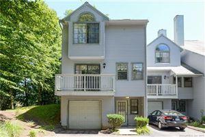 Photo of 17 Village View Terrace #17, Meriden, CT 06451 (MLS # 170103765)