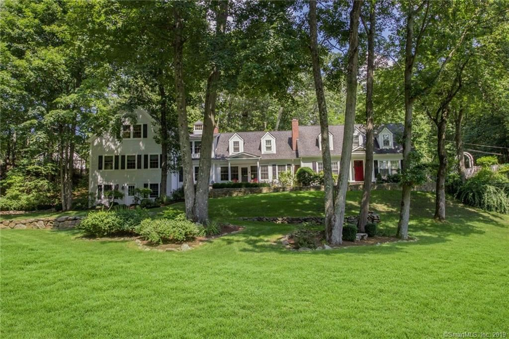 Photo for 4 Glen Road, Ridgefield, CT 06877 (MLS # 170155770)