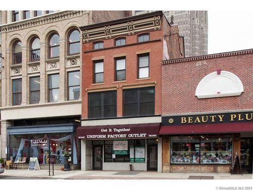 Photo of 831 Chapel Street #2, New Haven, CT 06510 (MLS # 170390774)