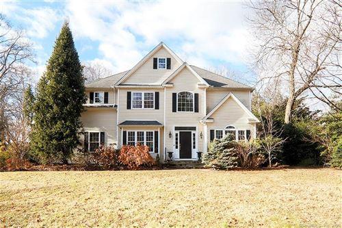 Photo of 10 Hillandale Manor, Norwalk, CT 06851 (MLS # 170268791)