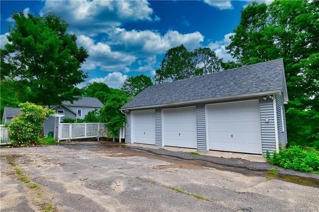 Photo of 264 East Litchfield Road, Litchfield, CT 06759 (MLS # 170415824)