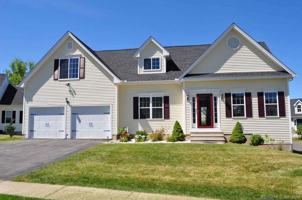 Photo for 51 Steeple View Drive #51, Ellington, CT 06029 (MLS # 170100840)