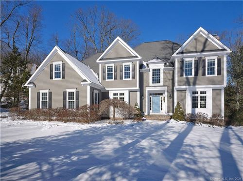 Photo of 4 Clearwater Court, Avon, CT 06001 (MLS # 170371841)