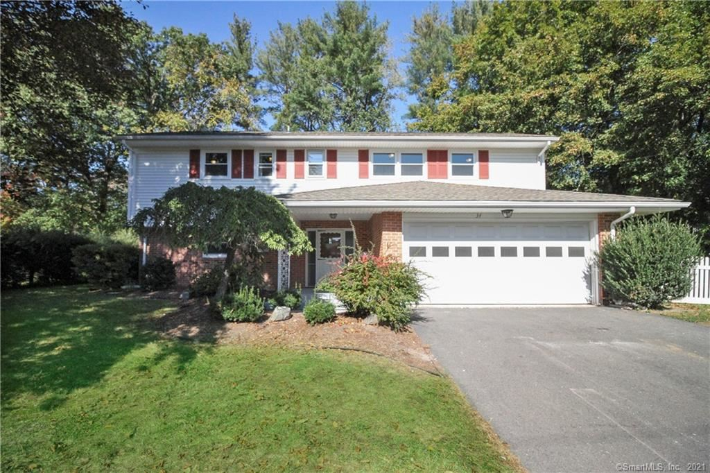 34 West Normandy Drive, West Hartford, CT 06107 - #: 170445847