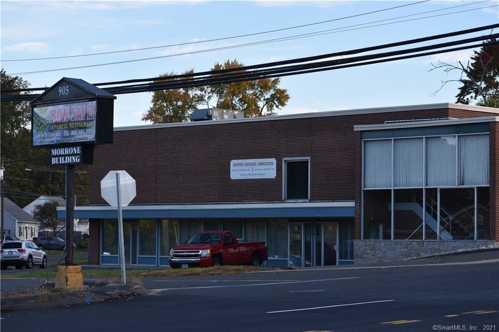 Photo of 923 Farmington Avenue, Bristol, CT 06010 (MLS # 170445851)