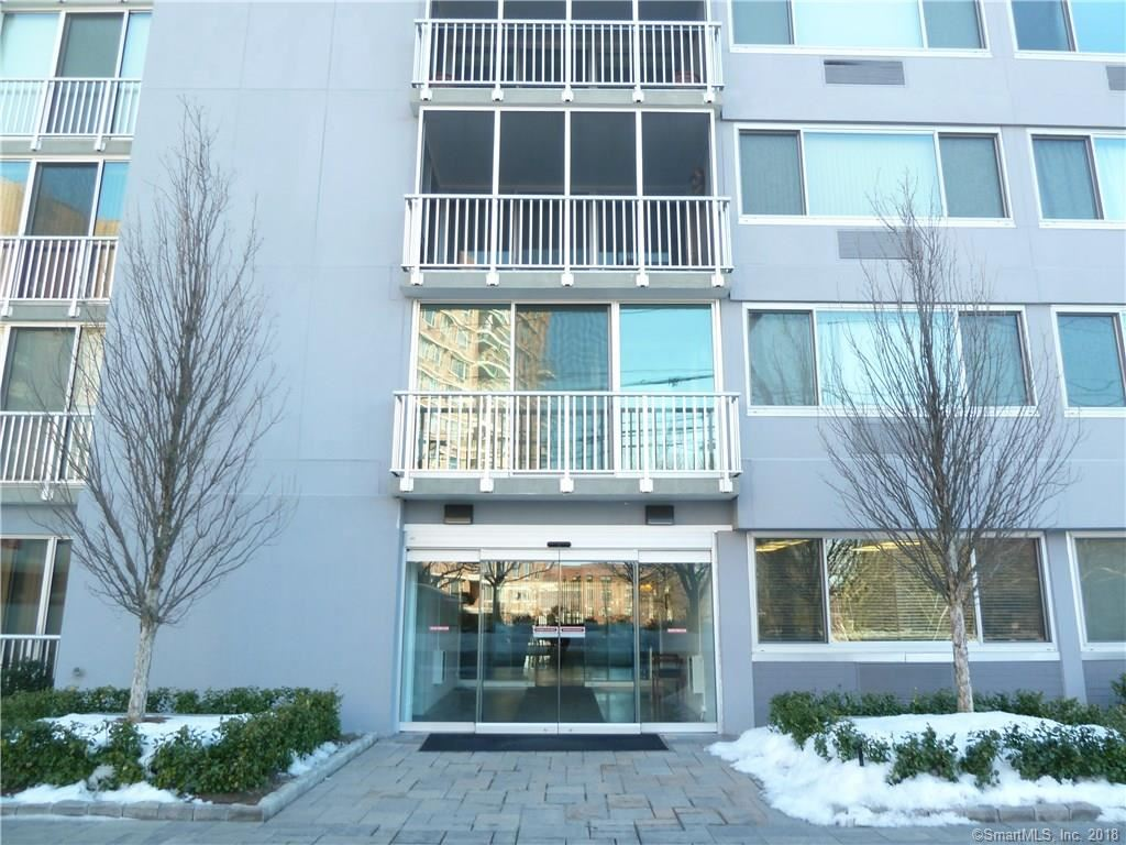 Photo for 1 Strawberry Hill Avenue #15G, Stamford, CT 06902 (MLS # 170050868)