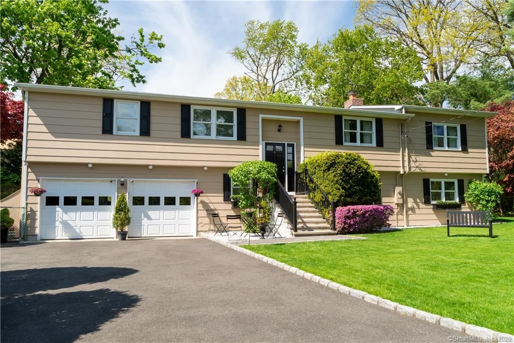 27 Carrona Drive, Greenwich, CT 06878 - MLS#: 170297872