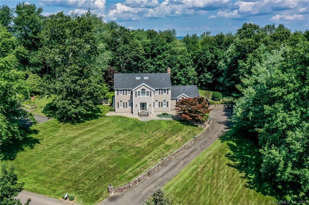 15 Old Castle Drive, Newtown, CT 06470 - MLS#: 170420873