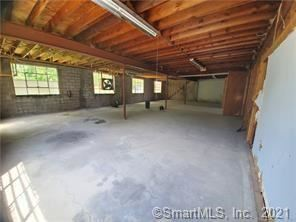 Photo of 19 Sandscreen Road, Avon, CT 06001 (MLS # 170440875)