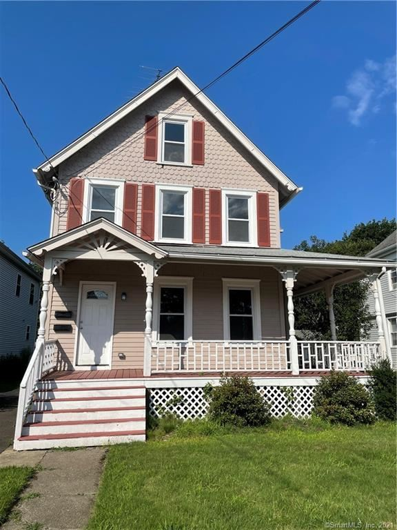 Photo for 54 Wilton Avenue #1, Norwalk, CT 06851 (MLS # 170422881)