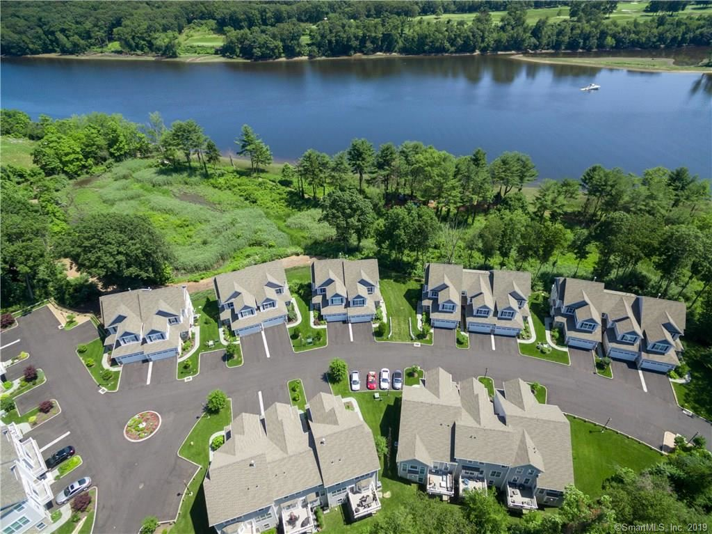 Photo for 560 River Road #13, Shelton, CT 06484 (MLS # 170213884)