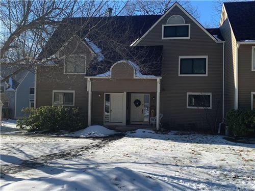 Photo of 16 Wood Duck Lane #16, Simsbury, CT 06081 (MLS # 170261891)