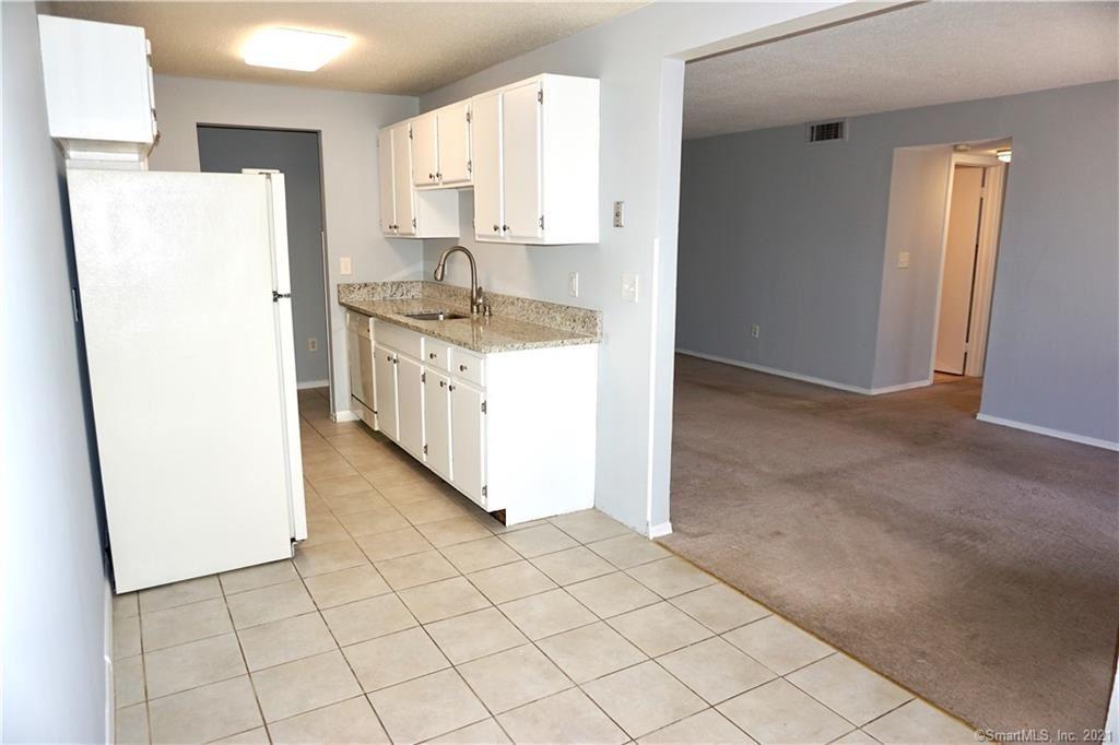 Photo of 25 Woodsedge Drive #6A, Newington, CT 06111 (MLS # 170388893)