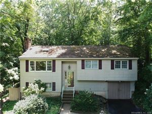 Photo of 32 Mullen Hill Road, Waterford, CT 06385 (MLS # 170101898)