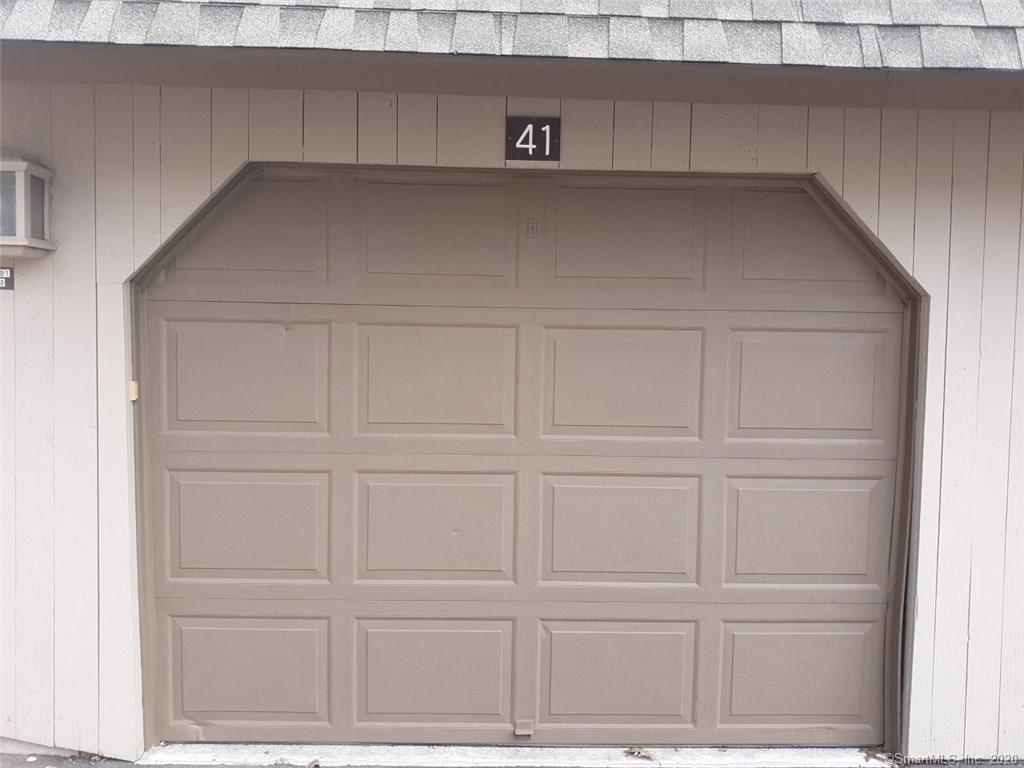 Photo of 41 Crocus Lane #41, Avon, CT 06001 (MLS # 170256903)