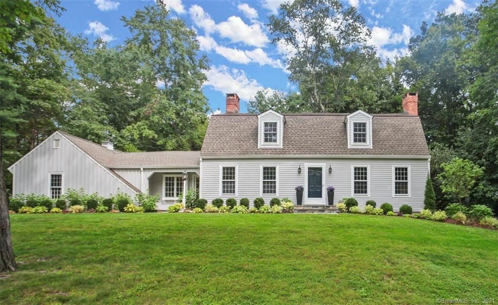 Photo of 256 White Oak Shade Road, New Canaan, CT 06840 (MLS # 170365903)