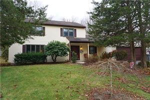 Photo of 63 Knollwood Road, Manchester, CT 06042 (MLS # 170191922)