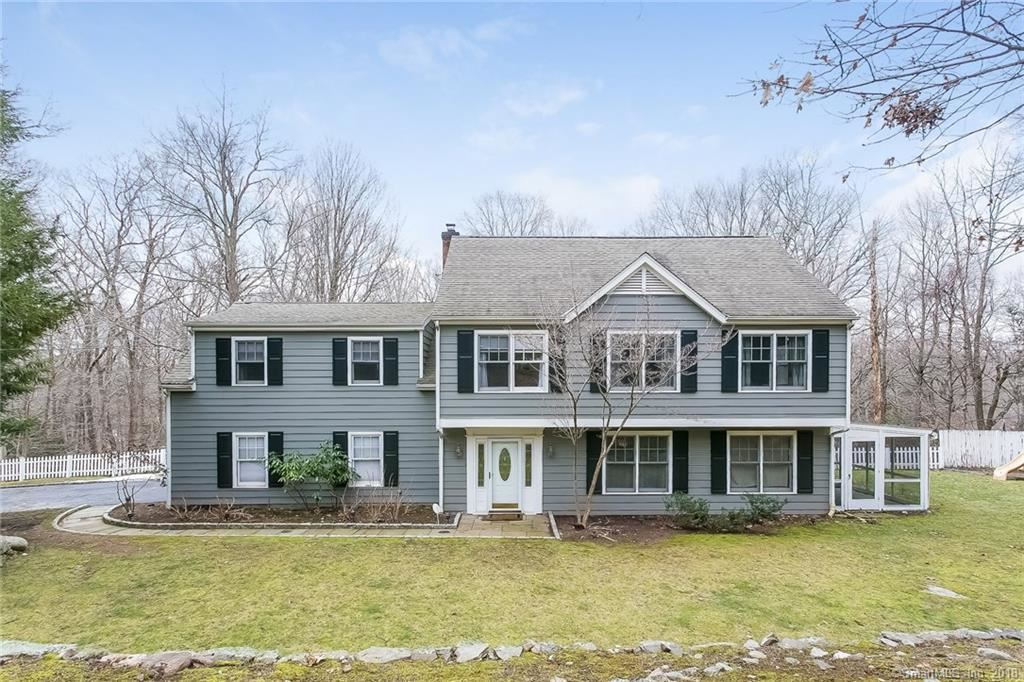 Photo for 116 Pinewood Road, Stamford, CT 06903 (MLS # 170051929)