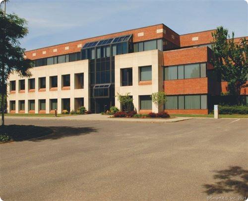 Photo of 1764 Litchfield Turnpike, Woodbridge, CT 06525 (MLS # 170410937)